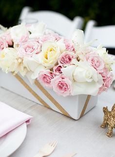 add a bit of sparkly tape, gold ribbon, or gold sparkly leaves to an arrangement #wedding #flowers