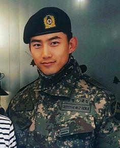 💖 Ok Taecyeon 💖 Korean Male Models, Korean Men, Asian Men, Ok Taecyeon, Military Training, Jay Park, Random Pictures, Dimples, Paisajes