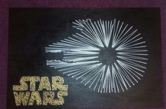 Star Wars String Art out of normal white and yellow wool, nails and a chipboard painted with black acrylic paint Nail String Art, String Crafts, Star Wars Birthday, Star Wars Party, Star Wars Bedroom, Star Wars Crafts, Nerd Crafts, String Art Patterns, Black Acrylic Paint