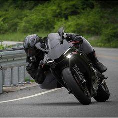 @k10warrior ➖➖➖➖➖➖➖➖➖➖➖➖➖➖➖ #2wheelslovers #Motorcycle #instamotogallery #ducati #bikelife #moto #motogp #sportbike #superbike #instamotorcycle #instamoto #pistonaddictz #bikeswithoutlimits #sportsbikelife #r1 #honda #yamaha #kawasaki #suzuki #mvagusta #cbr600rr #r6 #s1000rr #bikenight #yzf #yamahar1 #rideout #motogp2016 #bikerchick #harleydavidson