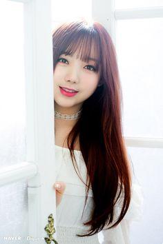215번째 이미지 Lovelyz Kei, Korean Lessons, First Girl, Photo Reference, Make Me Smile, Kpop Girls, Girl Group, Asian Girl, Dreaming Of You