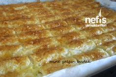 Baklava Pastry with Soda From Pastry 2 - yemek - Funnel Cake Gourmet Recipes, Crockpot Recipes, Cake Recipes, Burek Recipe, Pizza Pastry, Middle Eastern Recipes, Turkish Recipes, My Favorite Food, Food Print