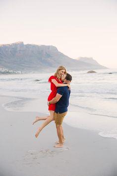 Fun couple shoot at sunrise at Campsbay beach, Cape Town. Sunrise Drawing, Sunrise Painting, Sunrise City, Sunrise Mountain, Engagement Rings Couple, Couple Rings, Engagement Photos, Sunrise Tattoo, Couple Shoot