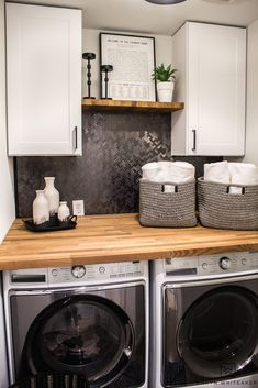 cheap room makeover Love this Small Laundry Room Makeover ! The modern black and white laundry room with wood accents looks so chic. Laundry Room Remodel, Laundry Decor, Laundry Room Cabinets, Laundry Room Organization, Laundry Room Design, Laundry Room Countertop, Tv Cabinets, White Laundry Rooms, Farmhouse Laundry Room