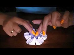 how to make hair flowers | como coser flor kanzashi. How to sew kanzashi flower