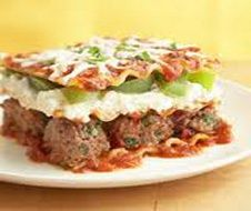 Favorite Italian Recipes ~ Meatball Lasagna ~ Whole wheat noodles, low-fat cheeses and light pasta sauce make this beef and pasta casserole healthy but still deliciously satisfying. **make with turkey meatballs Ww Recipes, Pasta Recipes, Italian Recipes, Cooking Recipes, Dinner Recipes, Healthy Recipes, Diabetic Recipes, Diabetic Snacks, Skinny Recipes