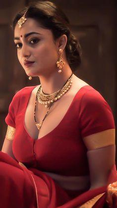 Beautiful Blonde Girl, Beautiful Wife, Beautiful Girl Indian, Beautiful Roses, Beautiful Curves, Cute Beauty, Beauty Full Girl, Beauty Women, Desi Girl Image