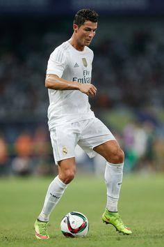 Cristiano Ronaldo Photos - Real Madrid v Galatasaray: Santiago Bernabeu Trophy - Zimbio