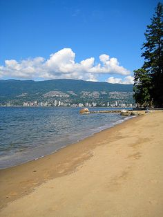 Stanley Park- Vancouver http://renegadechicks.com/vancouver-the-perfect-balance-between-urban-outdoorsy-amazement/