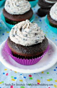Chocolate Oreo Cupcakes with Cookies and Cream Frosting @Bevvvvverly Kaine For Seconds.jpg