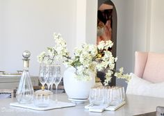 Simple Spring Decorating Tips - Decor Gold Designs Faux Flowers, Real Flowers, Spring Branch, Spring Home Decor, Winter House, Season Colors, Spring Colors, Accent Colors, Seasonal Decor