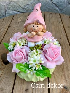 Tavaszi asztaldísz Small Centerpieces, Topiary, Easter Crafts, Art Dolls, Diy And Crafts, Happy Birthday, Fairy, Wreaths, Spring