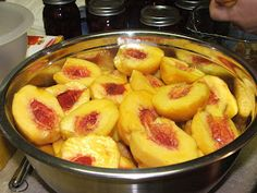 Canning Granny: Canning Peaches