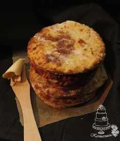 perunarieska Food Inspiration, Mashed Potatoes, Muffin, Breakfast, Ethnic Recipes, Gourmet, Whipped Potatoes, Morning Coffee, Smash Potatoes