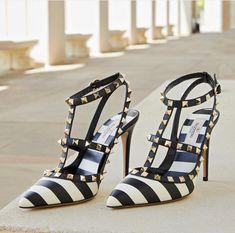 06f38f7f690 Valentino  shoes  shoesaddict  sandals  zapatos  estilo  fashion  style