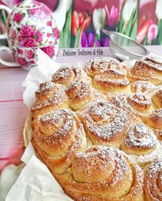 torta di rose (2) Appetizer Recipes, Dessert Recipes, Appetizers, Desserts, Chiffon Cake, Cake Cookies, French Toast, Food And Drink, Homemade