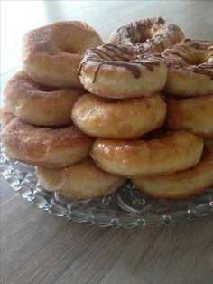 Marokkaanse kokos-jam koekjes - My CMS Dutch Cookies, Mini Donuts, Doughnuts, Something Sweet, Coffee Recipes, Iftar, High Tea, Baking Recipes, Sweet Treats