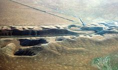 For the first time, a computer image shows huge sections of California rising and sinking around the San Andreas Fault from seismic strain that will be ultimately released in a. Earthquake Fault, California State University Fullerton, San Andreas Fault, Salton Sea, California Coast, Southern California, Le Far West, Geology, Grey Goo