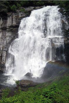 Rainbow Falls Trail – Gorges State Park via @brmountainlife
