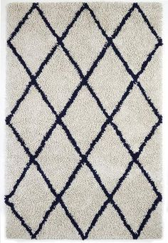 Ivory Silky Shag Rug With Navy Diamond – Oxemize