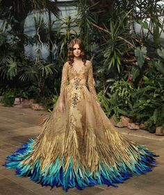 haute couture fashion Archives - Best Fashion Tips Haute Couture Dresses, Couture Fashion, Beautiful Gowns, Beautiful Outfits, Beautiful Dream, Fantasy Gowns, Feather Dress, Peacock Dress, Look Fashion