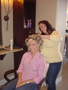 Salon Pictures, Roller Set, Curlers, Curled Hairstyles, Hairdresser, Hair Beauty, Lady, Hair Styles, Beautiful