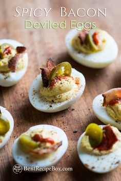 Easy recipe for deviled eggs with bacon, jalapeño and sriracha hot sauce. These Spicy deviled eggs recipe is easy. Best Recipe for spicy deviled eggs recipe Southern Deviled Eggs, Bacon Deviled Eggs, Deviled Eggs Recipe, Bacon Recipes, Egg Recipes, Appetizer Recipes, Sriracha Recipes, Fast Recipes, Side Recipes