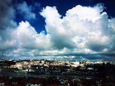 Be welcome Autumn! 🍂🍂🍂 #hotels #travel #porto #douro #autumn #theyeatman #travel #skyline