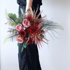 Bride Bouquets, Floral Arrangements, Brides, Christmas Wreaths, Orange, Holiday Decor, Spring, Fall, Flowers