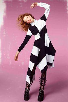 Preen by Thornton Bregazzi Pre-Fall 2017 Fashion Show Collection