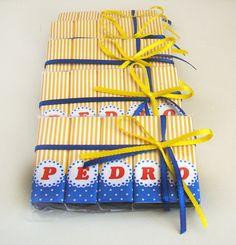 Bis Pequeno principe http://www.elo7.com.br/bis-personalizado-c-letras-peq-principe/dp/4776E3