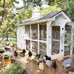 My dream chicken coop! – Annie Kip Style My dream chicken coop! My dream chicken coop! Chicken Coup, Best Chicken Coop, Backyard Chicken Coops, Chicken Coop Plans, Building A Chicken Coop, Chickens Backyard, Farm Chicken, Chicken Garden, Chicken Tractors