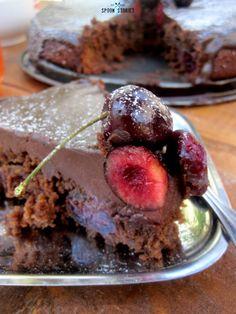 chocolate cherry brownie pie-σοκολατόπιτα μπράουνι με κεράσια