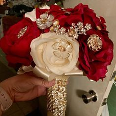 Lupe Lozano added a photo of their purchase Wedding Wishes, Red Wedding, Wedding Day, Quinceanera Decorations, Wedding Decorations, Birthday Decorations, Wedding Bouquets, Wedding Flowers, Wedding Dresses