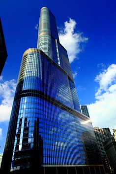 12th tallest building in the world - Trump International Hotel and Tower, Chicago (1,389 ft with 98 floors and build in 2009)