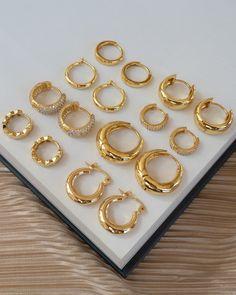 Ear Jewelry, Cute Jewelry, Bridal Jewelry, Silver Jewelry, Jewelry Accessories, Jewelry Box, Jewelry Displays, Chanel Jewelry, Jewelry Storage