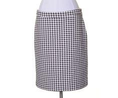 Banana Republic Ivory Black Woven Lined Straight Skirt Size 10 #BananaRepublic #Straight