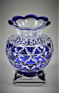Val Saint Lambert Vase 5578/15 Joseph Simon - Catalogue Cristaux de Fantaisie 1926. Crystal Glassware, Crystal Vase, Cut Glass, Glass Art, Cobalt Glass, Cobalt Blue, Vase Crafts, Blue Bottle, Himmelblau