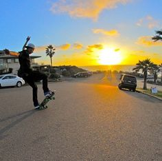 #longboarding #longboard #longboardskateboard #skating #skate #skateboard #skateboarding #sk8 #carve #carving #cruise #cruising #bomb #bombing #bombhills #bombhillsnotcountries