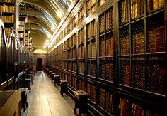 Chetham's Library Long Millgate, UK