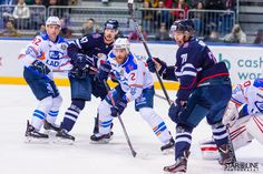 Hokejový zápas medzi HC Slovan Bratislava a HC Lada Togliatti #hcslovan #hcbarys #ladamatchday #khl #кхл #hokej #icehockey #хоккей #vernislovanu