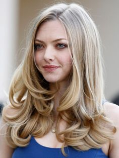 Great hair #amandaseyfried