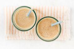 Máte problém s dojčením? Zapojte sa do našej novej výzvy - Akčné mamy Glass Of Milk, Ale, Panna Cotta, Fruit, Drinks, Ethnic Recipes, Food, Meal, Eten