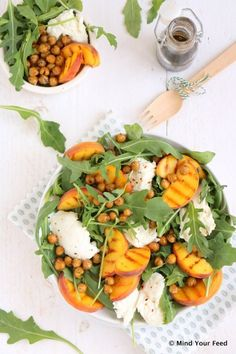 salade met gegrilde perzik Salad Recipes, Healthy Recipes, Clean Eating, Healthy Eating, Happy Foods, Low Carb Diet, Tasty Dishes, Mozzarella, Food For Thought