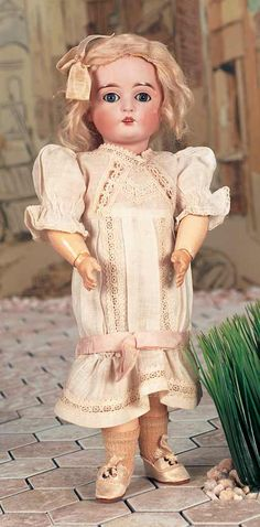 Kestner doll - Theriault's Antique Doll Auctions