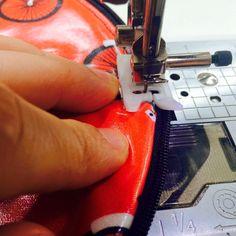 Ihr Lieben,     vor einigen Tagen habe ich hier auf Instagram  die kleinen Schlampermäppchen gezeigt, die wir für unser Schulanfangs-Schauf...