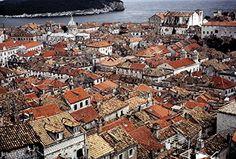 10×15 in. Glenn Losack Dubruvnik 2   10x15 in. Glenn Losack Dubruvnik 2 This photo was taken in the old city of Dubrovnik, Croatia.  http://www.finelifeart.com/10x15-in-glenn-losack-dubruvnik-2/