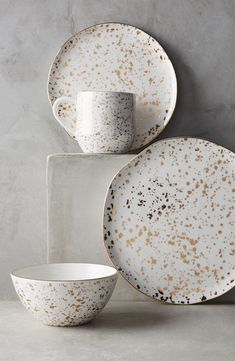 Mimira Stoneware - love the gold speckles on these dishes