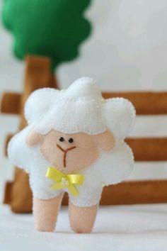 Festa ovelhinha em feltro