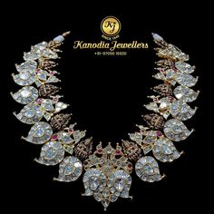 Antique Jewelry, Gold Jewelry, Jewelery, Gold Necklaces, Diamond Jewelry, Jewelry Sets, Women Jewelry, Uncut Diamond, Latest Jewellery